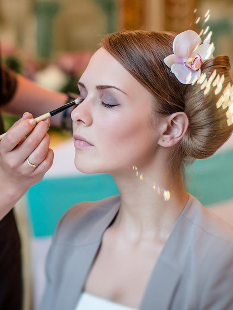 Визажист стилист свадебные прически и макияж и причёски